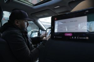 Image for CNBC – A day in the life of an Uber, Lyft and Juno driver who makes about $6,000 a month in NYC post